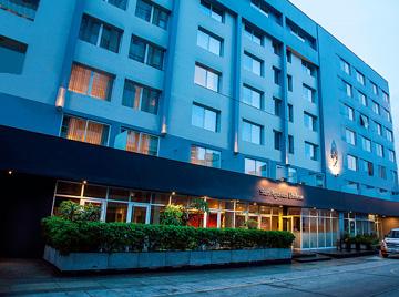 サン アグスティン エクスクルーシブ ホテル