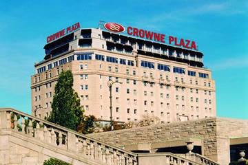 クラウン・プラザ・ホテル・ナイアガラ・フォールズ・フォールズビュー