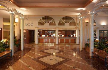 ナーンタリ・スパ・ホテル