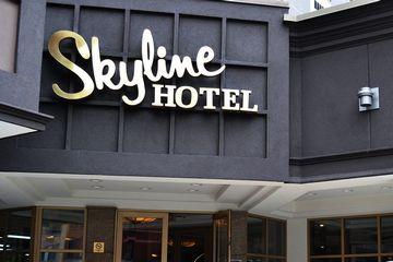 スカイライン・ホテル