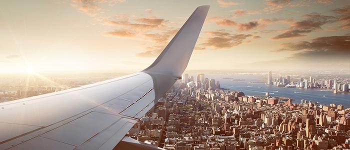長時間のフライトを楽しく快適に過ごす方法