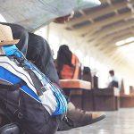 海外旅行用のリュックはどのようにして選べばいい?