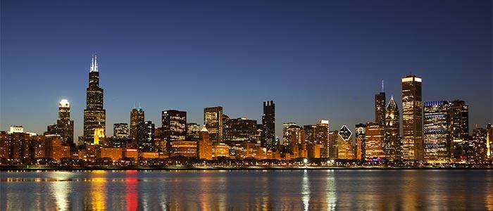 アメリカ第三の都市シカゴ:直行便で行く夜景や五大湖レジャーの魅力