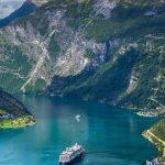ノルウェーの西南部にある「フィヨルド」の絶景&アートスポット