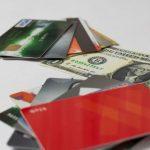 お金やクレジットカード