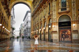 ミラノのプラダ本店イメージ
